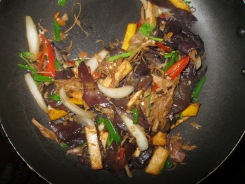 Stir Fried Ginger with Black Cherry Mushrooms